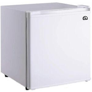 Compact 1 7 Cu Ft White Refrigerator W Ice Box Small