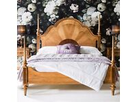 Spire Four Poster Bed by Gallery (Kingsize)