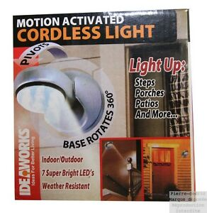 Lampe d tecteur de mouvement pr sence lumi re led piles for Detecteur presence exterieur