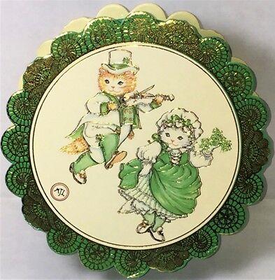 KITTY CUCUMBER GILDED KEEPSAKE BOX St. Patrick's Day RARE! Mint Vtg Shackman ()