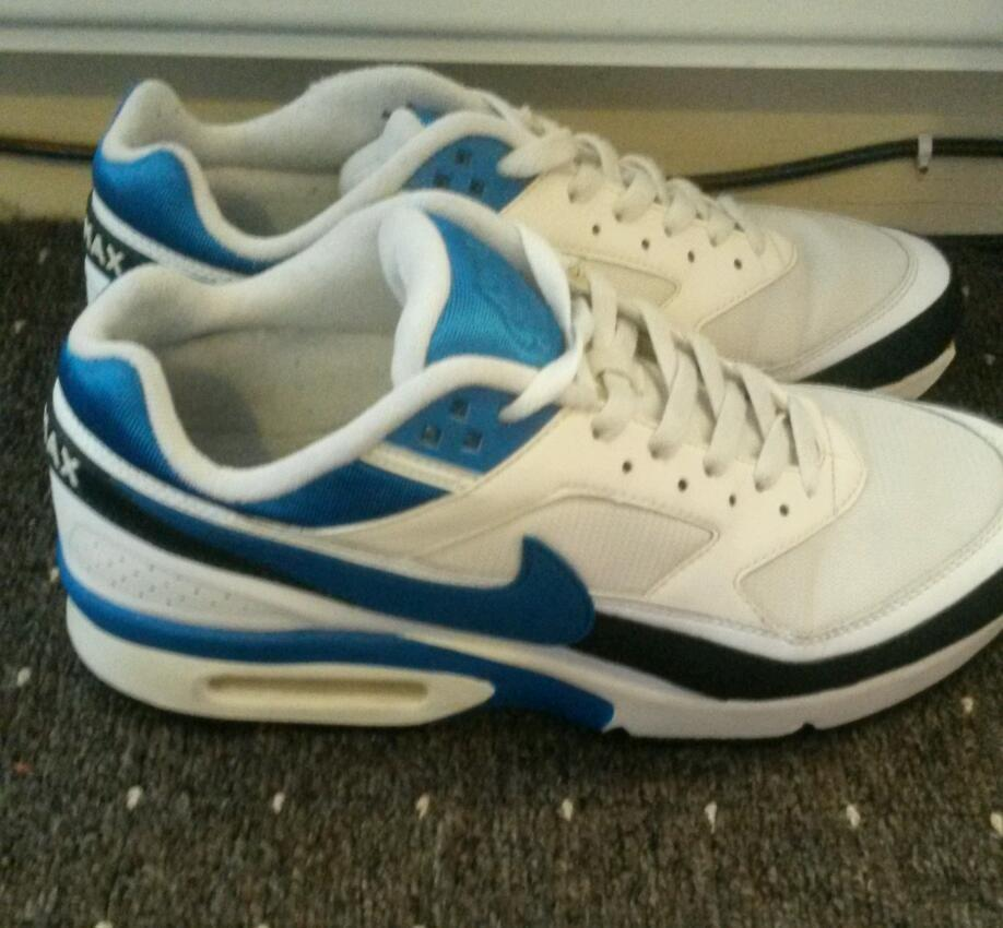 Mens nike trainees. Size 11