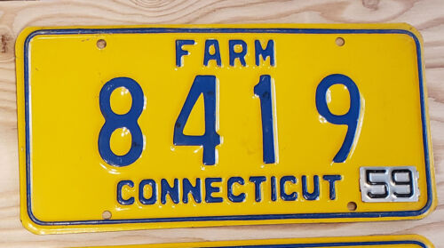 1959 CONNECTICUT FARM License Plate Tag     59 CT Farm Tag    8419