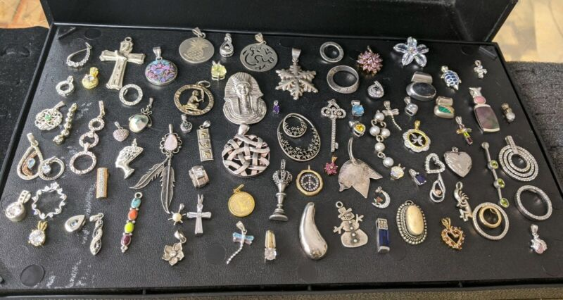 LOT OF 81 STERLING SILVER PENDANTS NOT SCRAP 262.3 GRAMS SOME SIGNED !!!!!!!!!!