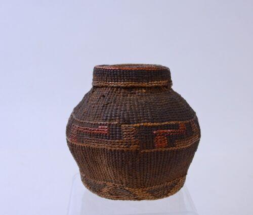 """Antique Lidded Tlingit Indian Basket, 19th Century 4"""" x 4"""""""