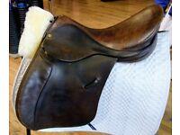 Walsall Thoroughbred Saddle