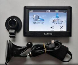GARMIN nüvi® 42LM North America GPS Sat Nav + UK & Ireland ... on