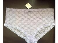Ladies X-Large Sexy Lilac Lace Knickers Size 26-28