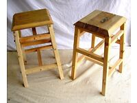 DINING / LIVING / SHABBY CHIC BESPOKE HAND MADE SOLID ENGLISH OAK PAIR OF KITCHEN BAR STOOLS