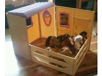 Toy Pony and stable