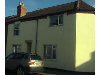 2 x Very Large double Bedrooms to rent 15' x 14' Central Lincoln - Private Landlord