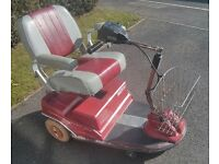 SHED FIND MOBILITY SCOOTER 6 MPH FOR SPARES / REPAIR RASCAL LYNX