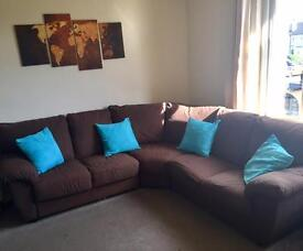 FREE DELIVERY Corner Couch in Excellent Condition