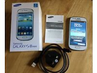 Samsung Galaxy SIII Mini 8GB – with box & charger – Unlocked excellent condition