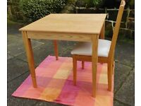 Need a Quality, Extendable Solid Oak Table Seating 2 to 4 with 4 Matching Solid Oak Chairs???