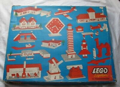 Early 1960s LEGO SYSTEM BY SAMSONITE Set 711 Building Set in Box