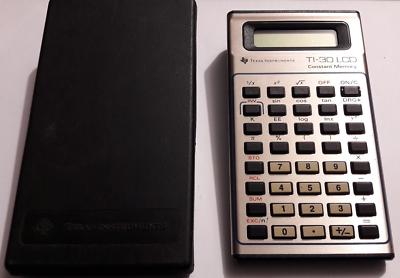 Calcolatrice vintage Texas Instruments TI-30 LCD con custodia - non funzionante