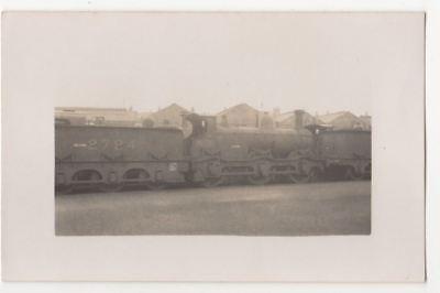 Railway Locomotive No. 2724 Vintage RP Postcard 813b