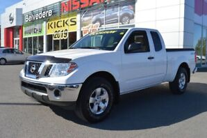 2012 Nissan Frontier SV 4X4 KING-CAB MANUELLE A/C MAGS CRUISE HITCH