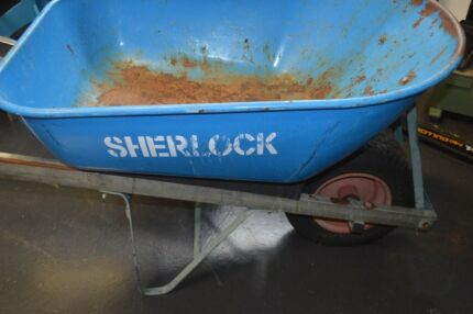 Steel tray wheel barrow 100L