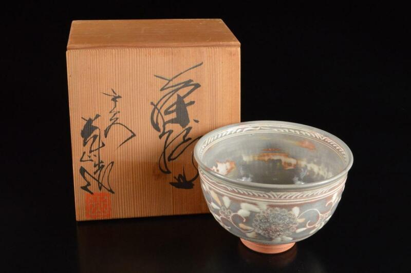 P6671: Japanese Kiyomizu-ware Flower Arabesque Pattern TEA BOWL Green tea tool