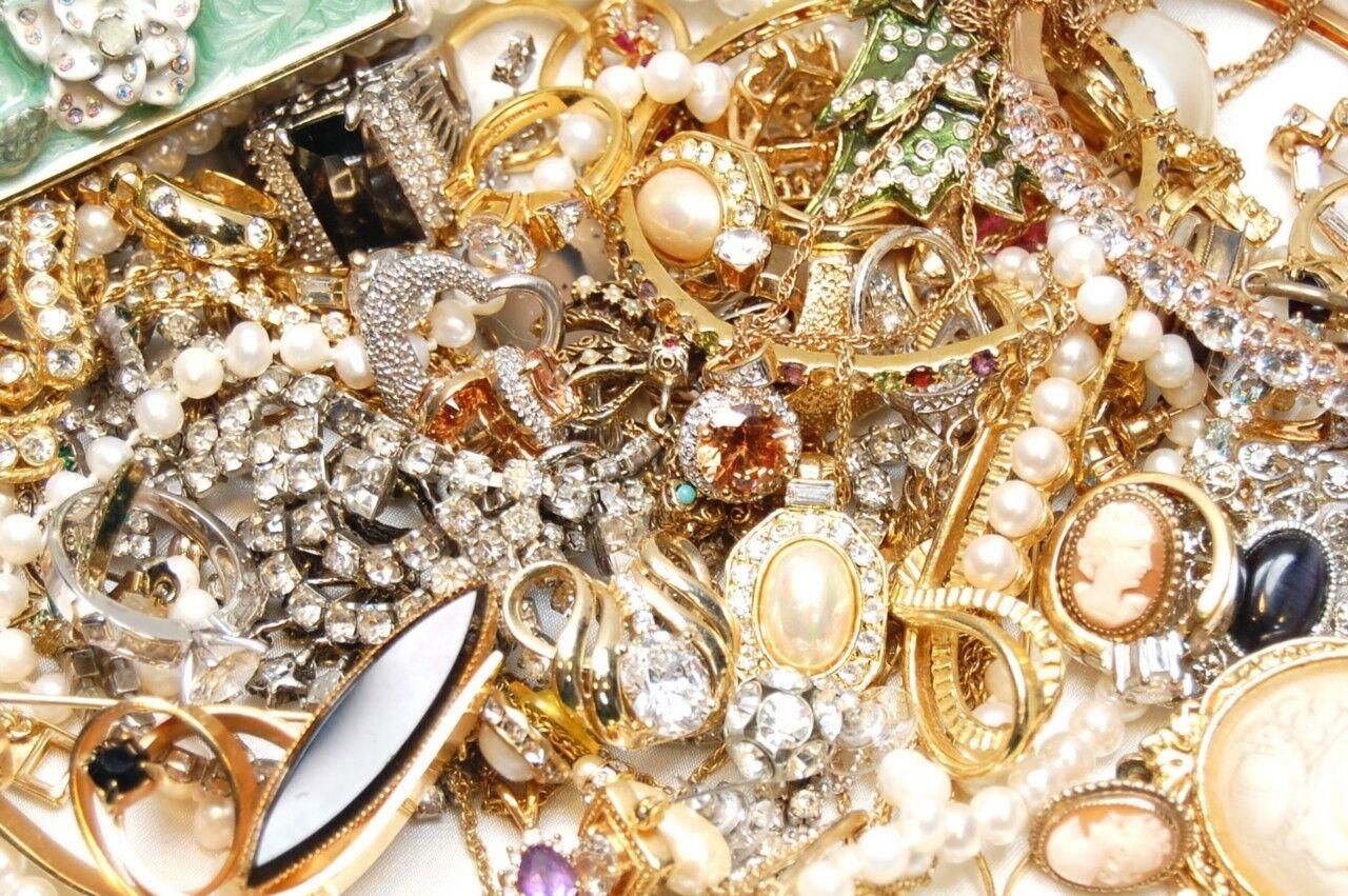 Riverocho's Jewelry Store & More