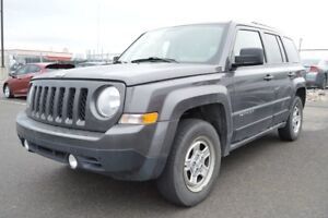 2015 Jeep Patriot NORTH 4X4 GARANTIE PROLONGÉE 7 ANS / 115000 KM
