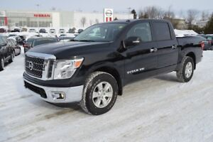 2018 Nissan Titan SV 4X4 CREW CAB FINANCING AVAILABLE