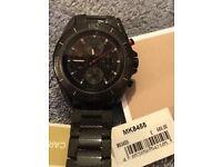 Michael kors men's watch /carbon fibre/as new condition/100% genuine