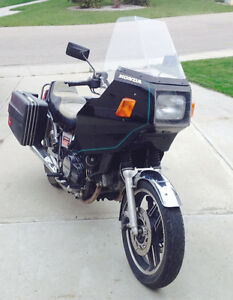 Honda VF750 Sabre with active registration Edmonton Edmonton Area image 3