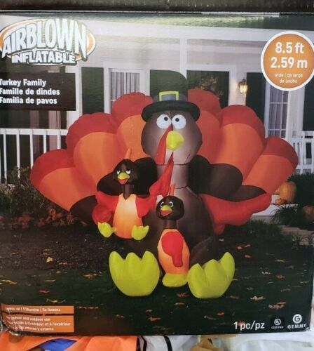 Gemmy 8.5 ft Turkey Family Scene Thanksgiving Inflatable