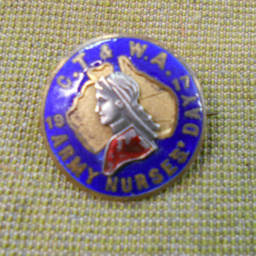 #D174.   1917 ARMY NURSES