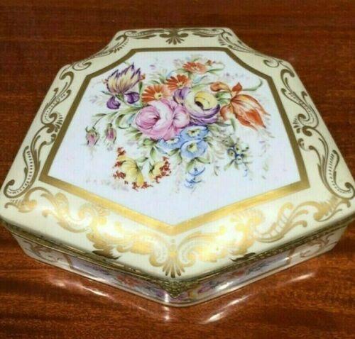 """Antique HUGE French Old Paris Porcelain Treasure Box, 14.5"""" X 13""""."""