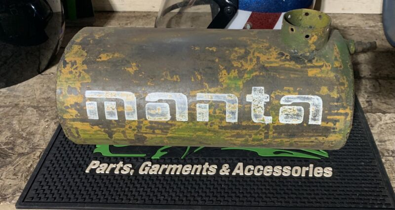 VINTAGE SNOWMOBILE GAS TANK. TEXAS PRODUCTS ARBE MANTA RACE TANK.