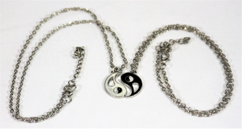 FRIENDSHIP NECKLACE SET, LOVE JEWELRY(SET), 20 INCH CHAIN AND EXTENSION NEW