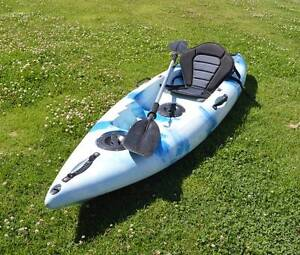 Kayak with seat and paddle Nabiac Great Lakes Area Preview