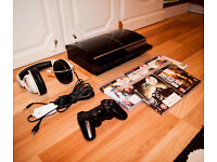 Sony Playstation 3 60GB PS3 Bundle, Wireless controller, Multiplayer headset, 5 games
