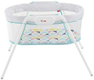 NEW Fisher-Price Stow N Go Bassinet Condtion: New open box, Stow n Go