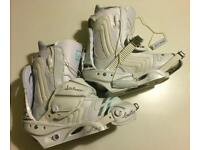 Burton Women's Emerald Snowboard boots UK 7.5 and Stiletto Binding