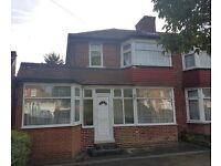 STANMORE - HA7 - 4 BED HOUSE TO LET
