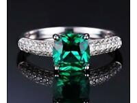 Princess cut Emerald and white topaz Ring