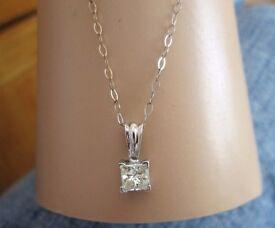 9ct White Gold .50ct Princess Diamond solitaire pendant Necklace Chain Looks New