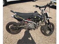 Dirt bike 140cc 4 gears motor bike off road pit bik