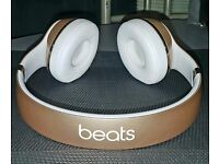 Beats solo 3 wireless on-ear bluetooth headphones gold