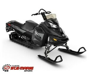 2018 Ski-Doo SUMMIT SP 165 850 E-TEC POWDERMAX 2.5 PO.