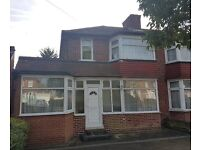 Four Bedroom House in Stanmore