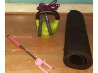 Ketlebell+ jump rope+yoga mat+free selfie stick