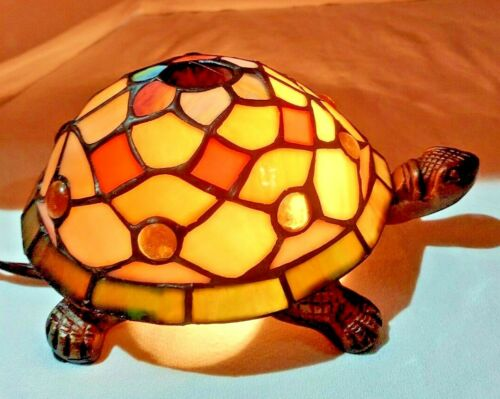 Quoizel Collectible Handmade Stained Glass Accent Turtle Lamp