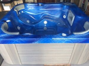 5 Seater Spa - Relaxer / Aqua Blue / SCS Industries with Accessories Cannington Canning Area Preview