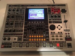 Roland Groovebox MC 909 Southern River Gosnells Area Preview