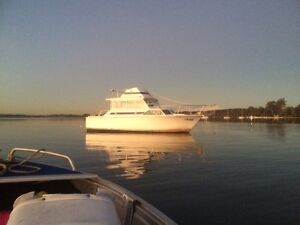 Mariner 30ft Bonnells Bay Lake Macquarie Area Preview